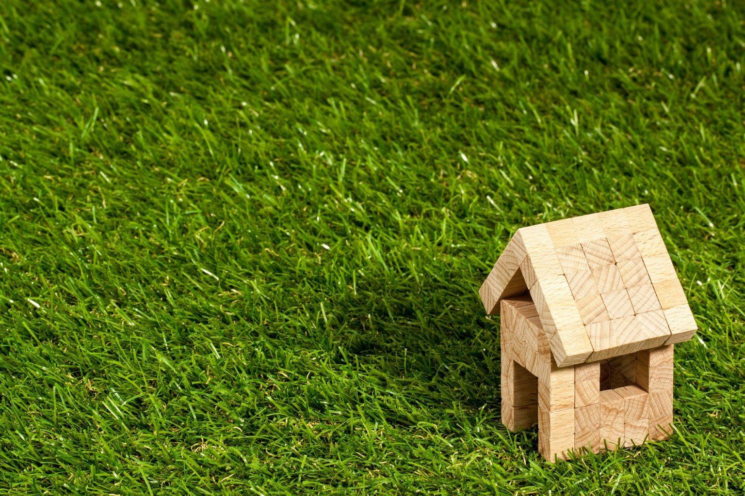 house-1353389_1920-1536x1024